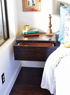 Wall bedside table ikea – Before buying a cherry wood bedside table, you should … - Beautiful For Decoration Shelf Nightstand, White Nightstand, Floating Nightstand, Bedside Tables, Nightstand Ideas, Floating Drawer, Floating Wall, Floating Shelves, Drawer Shelves