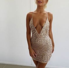 Image in i dreamed to be a fashionista 💄👠 collection by ayn'at. Sexy Outfits, Sexy Dresses, Cool Outfits, Short Dresses, Party Dresses, Disco Outfits, Dress Party, Homecoming Dresses, Mode Hippie