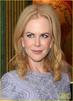 Nicole Kidman - White House Correspondents Dinner 2013 in Fred Leighton