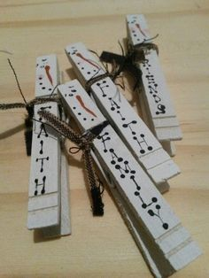 Craft Booth 555: MORE PRIMITIVE SNOWMEN CLOTHESPIN MAGNETS