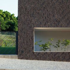 Herringbone brickwork