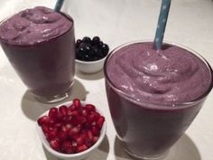Choc Blueberry and Pomegranate Smoothie
