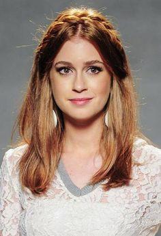"Mariana Ruy Barbosa na coletiva de ""Império"" Foto: TV Globo/Renato Rocha Miranda - double long bob"