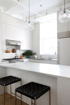 kitchen light pendants counter height table and chairs 162 best lighting images pendant lights clear glass bring radiance to a pristine new york city loft in chelsea