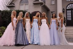 VSCO - laneypack - VSCO – laneypack VSCO – laneypack -You can find Prom pictures and more on our website. Pretty Prom Dresses, Hoco Dresses, Ball Dresses, Homecoming Dresses, Cute Dresses, Beautiful Dresses, Ball Gowns, Wedding Dresses, Homecoming Proposal