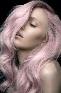 Cabello rosa pastel, hermoso