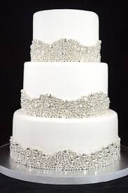 These silver wedding cake decorations are perfectly for a sparkling winter wedding! Elegant Wedding Cakes, Elegant Cakes, Beautiful Wedding Cakes, Beautiful Cakes, Trendy Wedding, Wedding Ideas, Bling Wedding Cakes, Cake Wedding, Beaded Wedding Cake