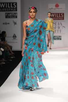 Anupama Dayal turquoise and red floral saree wifw a/w 2013