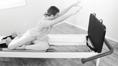 Monday in motion // Jumpboard arms + mermaid >Rib cage + scapula connect >>Press the top leg into the shoulder blocks for a little extra…