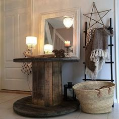 Hello friends, is anybody else as crazy about wooden spools as I am? W e have an old wooden spool in our backyard that I found on Cr. Wooden Spool Tables, Wooden Cable Spools, Country Farmhouse Decor, Farmhouse Style Decorating, Entryway Decor, Entryway Tables, Photo Room, Repurposed Items, Home Projects