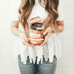 Such a cute picture idea! I love the donuts with the texture of her top! Delicious Desserts, Yummy Food, My Church, Foods To Eat, My Favorite Food, Jesus Christ, Donuts, Cute Pictures, Texture