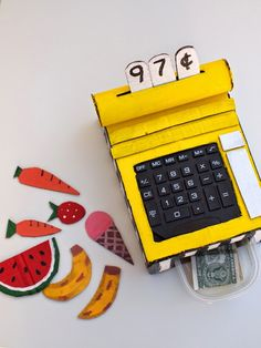 This DIY cardboard cash register makes it easy and fun to hone up on those math skills! Cool Diy, Easy Diy, Fun Diy, Diy For Kids, Gifts For Kids, Cardboard Toys, Cardboard Playhouse, Cardboard Furniture, Diy Karton