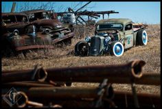 Junk yard, oh heaven wish i was fishing around in that yard :) <3