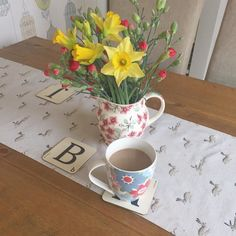 Love a nice strong coffee.. Need to cut down on how milky it is.. Half way through my DA already! On slimming world 100% now  #swdiet #emmabridgewater #cathkidston #sophieallport #nextathome #slimmingworld #slimmingworldfamily #slimmingworldyorkshire #slimmingworldyork #slimmingworldjourney #weightloss #lowcaloriediet by nikki_upnorf_sw