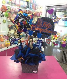 Black Party Decorations, Balloon Decorations, Birthday Party Decorations, Diy Birthday Box, Birthday Bouquet, Candy Gift Baskets, Candy Gifts, Gift Bouquet, Candy Bouquet