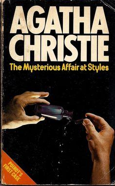 Mysterious Affair at Styles Agatha Christie Hercule Poirot first case Hardboiled Detective Crime Noir Pulp Fiction British Paperback