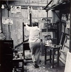 Joan Eardley – Her Pastels Of Glasgow Tenement Kids Paint Photography, Still Life Photography, Artistic Photography, White Photography, Artist Life, Artist At Work, Artist Workspace, Social Realism, Creative Workshop