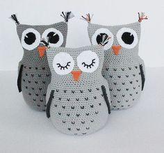 Educational and interesting ideas about amigurumi, crochet tutorials are here. Owl Crochet Pattern Free, Crochet Birds, Crochet Animals, Knit Crochet, Free Pattern, Owl Pillow Pattern, Amigurumi Doll, Amigurumi Patterns, Amigurumi Free