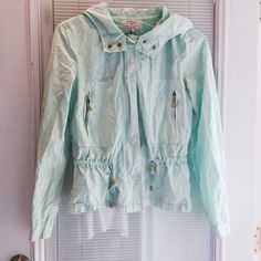 Zara Jacket Mint green Zara summer jacket. very light jacket with gold hard wear and a pull tie at waist. Hooded in a soft canvas material. Some very minor sun damage on the hood, not at all noticeable. Worn here and there. Zara Jackets & Coats