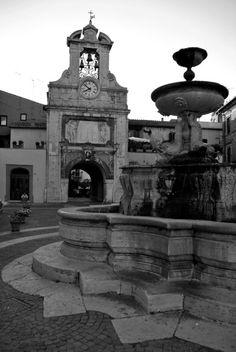 Piazza del Comune - Sutri (VT)