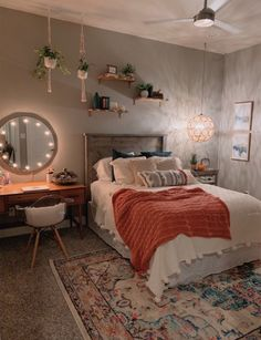 Beautiful Teenage Girl Bedroom Decor Ideas To Make More Fun … - Zimmereinrichtung Teenage Girl Bedroom Decor, Room Ideas Bedroom, Home Bedroom, Modern Bedroom, Bedroom Inspo, Quirky Bedroom, Bedroom Rugs, Teen Bedrooms, Teenage Room