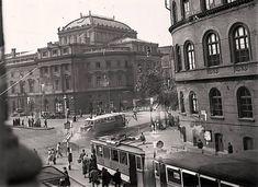 Ilyen is volt Budapest - Népszínház utca a Nagykörútnál Old Pictures, Old Photos, Vintage Photos, Budapest, Historical Photos, Taj Mahal, The Past, Louvre, Europe