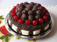 Torta de chocolate - Buttercream Cake, Soul Food, Coco, Food To Make, Cake Recipes, Cake Decorating, Raspberry, Pudding, Yummy Food
