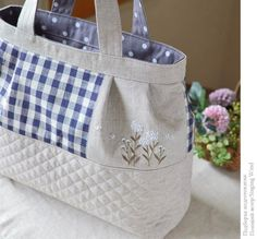 Photo Jute Tote Bags, Denim Tote Bags, Patchwork Bags, Quilted Bag, Fab Bag, Embroidery Bags, Simple Bags, Fabric Bags, Small Handbags