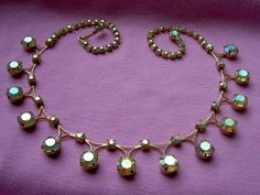 Pretty ... Vintage Weiss Aurora Borealis Rhinestone Bib Necklace