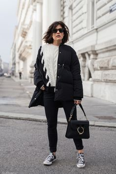 Winter Essentials: Puffer Jacket I More on viennawedekind.com