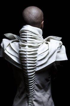 FEYROUZA ASHOURA, fashion, fabric, sculptural fashion