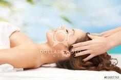 http://jp.dollarphotoclub.com/stock-photo/woman on resort getting head spa treatment/53657761 Dollar Photo Clubでは、何百万ものストックフォト画像がどれでも1点$1