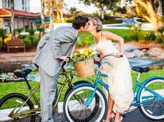 View photos of this real wedding in California on 8/11/2012. Check out other real weddings from The Knot and The Nest or share your wedding!
