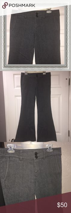 """NWT 7 For All Mankind Flare Jeans. NWT! 7 For All Mankind Flare Leg Jeans. 98% Cotton, 2% Elastane.                               Approx Measurements :  32"""" Waist,  8.5"""" Rise,  32"""" Inseam 7 For All Mankind Jeans Flare & Wide Leg"""