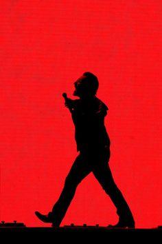Bono Photos - Bono of performs at Suncorp Stadium on November 2019 in Brisbane, Australia. - The Joshua Tree Tour 2019 - Brisbane Nature Photography Tips, Ocean Photography, Brisbane Australia, Western Australia, Paul Hewson, Bono U2, Adam Clayton, Psychedelic Rock, Looking For People