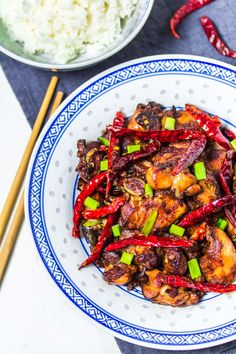 Chongqing Chili-Hähnchen mit Reis