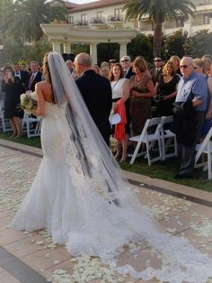 This veil is truly stunning! It is made with the softest bridal illusion tulle and French corded lace. It is a perfect 72 in width and is