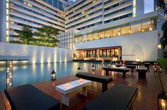 Bangkok: Metropolitan Hotel (recommended by Mpats)