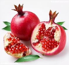 The Pomegranate tree is one of the easiest fruit trees to grow, have beautiful flowers, and are extremely well suited for arid climates. Its fruit is extremely rich in disease-fighting antioxidants an Pomegranate Juice, Pomegranate Pictures, Pomegranate Extract, Fruit And Veg, Fruits And Vegetables, Fresh Fruit, Fresh Mint, Portuguese Recipes, Appetizers