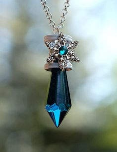 Glimpse of Winters Past Pendant Necklace by KeypersCove on Etsy