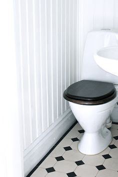 Quirky Home Decor Quirky Home Decor, Cheap Home Decor, Bathroom Renovations, Home Remodeling, Bathroom Remodel Pictures, Victorian Toilet, Black And White Tiles, Black White, Kitchens