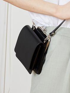 leather purses and handbags Cheap Purses, Cheap Handbags, Cheap Bags, Luxury Handbags, Black Handbags, Purses And Handbags, Luxury Purses, Small Purses, Hobo Purses
