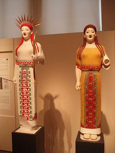 NAMABG-Peplos kore as Athena-Artemis - Gods in Color - Wikipedia, the free… Ancient Greek Art, Ancient Greece, Statue Of Liberty Book, Rome, Greek Statues, Buddha Statues, Statue Tattoo, Classical Greece, Iron Age