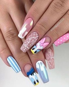 Disney Acrylic Nails, Disney Nails, Best Acrylic Nails, Acrylic Nail Designs, Cartoon Nail Designs, Nail Art Designs Videos, Gender Reveal Nails, Nail Art For Girls, Bubble Nails