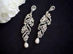 ELSA Gold wedding jewelry bridal earrings Gold by lolaandmadison