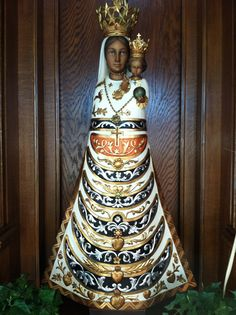 Statue of the Madonna at the replica of the Holy House of Loreto, in Worcester, Massachusetts Worcester Massachusetts, Mary Mary, Black Christmas, Blessed Mother, Religious Art, Our Lady, Santa Maria, Black History, Goddesses