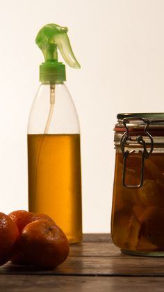Home Hacks, Sangria, Hot Sauce Bottles, Kitchen Gadgets, Natural, Cleaning, Homemade, Make It Yourself, Tips