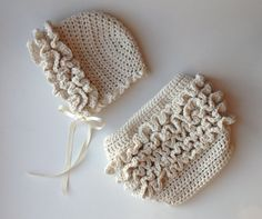 This is a PDF crochet pattern for a sweet vintage style baby bonnet, available in 4 sizes. This bonnet coordinates perfectly with my Ruffle Bum Diaper Cover pattern, available separately. Crochet Baby Bonnet, Crochet Baby Clothes, Newborn Crochet, Crochet Ruffle, Booties Crochet, Hat Crochet, Diaper Cover Pattern, Ruffle Diaper Covers, Baby Patterns