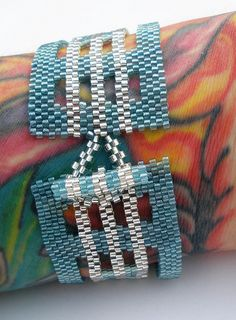 Surf Glass Peyote Stitch Bracelet by loveliesfrommihana, via Flickr, no tutorial