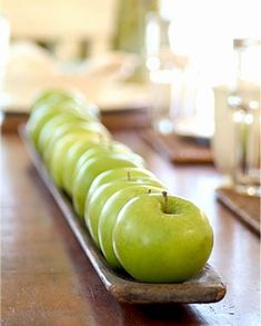 Simple and easy apple  centerpiece for Rosh Hashanah